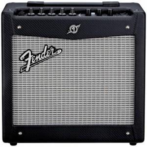 Amplificador de Guitarra Fender Modelo Mustang